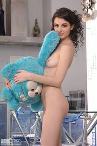 Sexy Cutie Nude Show