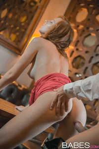 Kinky Auburn Babe Gives Head