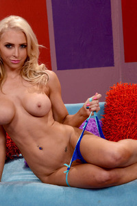 Alix Lynx In Tv Show