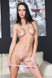 Jennifer Dark Dildo Fuck