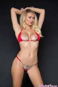 Shapely Blonde Pornstar Natalia Starr Teasing Naked