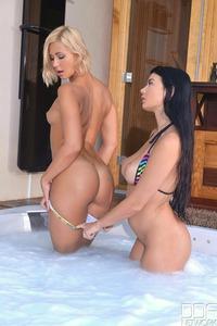 Lucy Li And Tracy Lindsay