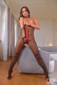Sensual Masturbation With Natalia Forrest