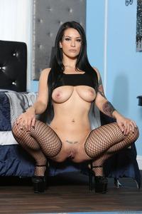 Amazing Tattooed Babe Katrina Jade Spreads Her Shaved Pussy