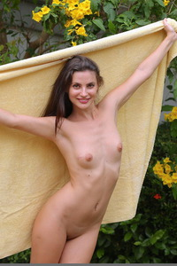 Jazz Poses Naked In The Garden