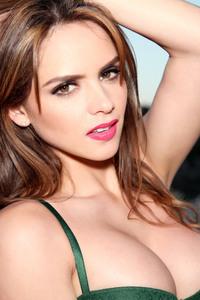 Busty Babe In Her Green Bikini