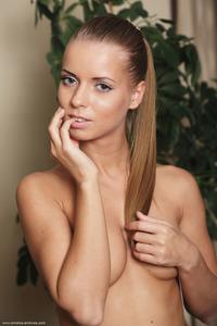 Nude Teen Stella Lane