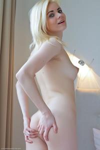 Sexy Blonderussian Teen Nordica