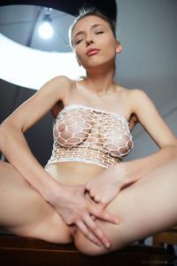 Sexy Busty Skinny Mila Azul