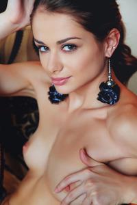 Glamour Beauty Babe Loretta A