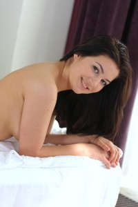 Busty Teen Bellavitana Strips And Spreads In Bed