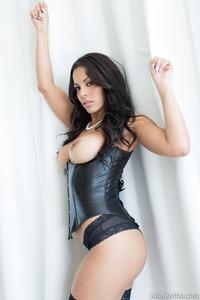 Veronica Rodriguez In Hardcore Foursome Porn Pics
