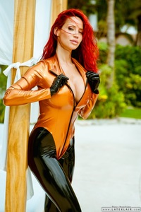 Bianca In Copper Latex