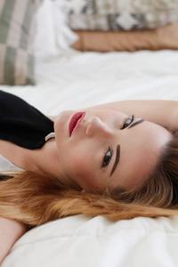 Elizabeth Marxs Glamour Busty Babe