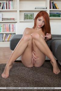 Redhead Cutie Teen Gets Nude