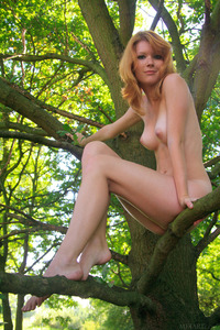 Stunning Redhead Mia Solis Naked
