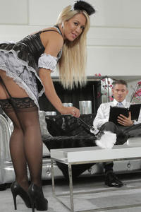Hot Maid Nailed Ny Pervert Boss
