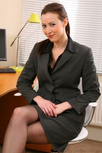 Lovely Secretary Showing Her Hot Body