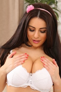 Charley Busty Beauty Shows Her Sexy Big Boos