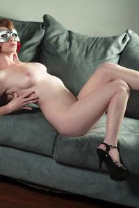 Nikki Rhodes