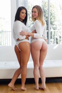 Adriana Chechik In Hot Threesome