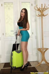 Kendra Star Pleasures Her Man After Going On A Trip