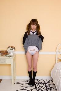 Japanese Schoolgirl Tsubasa Amami
