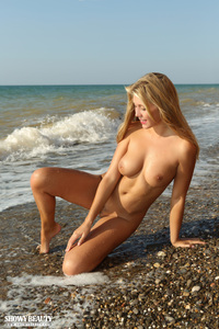 Hottie On The Seaside