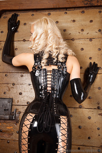 Susan In Dreamful Black Corset