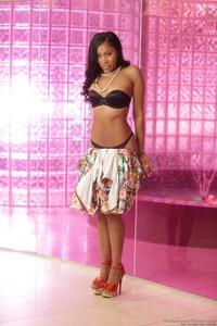 Exotic Babe Yasmine De Leon Gets Nude