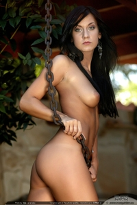"""Kinsey in """"Chain me"""""""