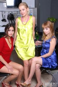 3 hot lesbian babe