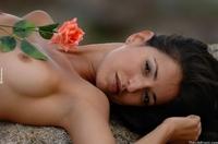Kira rose