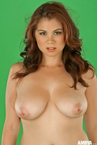 Huge titted Nicole