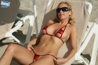Sexy Bikini babes