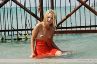 Blondie in the sea