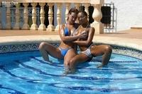 3 babes posing in bikini