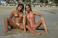 Sexy bikini asses