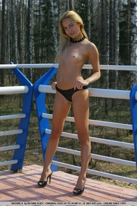 Sexy teen Nadine