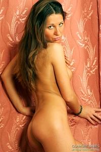 Sizzling hot babe Laima