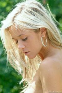 Jana Naked