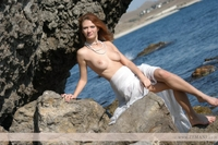Ella babe posing naked