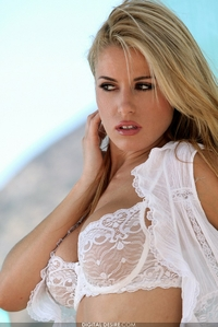 Amilia looks beautiful in lace bra