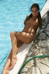 Verunka looks awesome by the pool