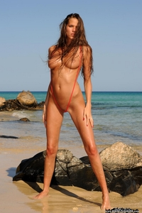 Very hot babe in a sexy bikini
