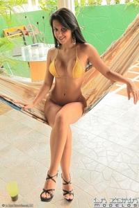 Carmella - Gold