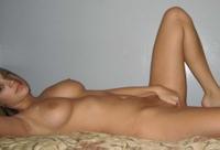 Curvy big titted babe