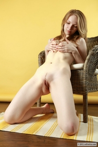 Naturally blonde naked girl Claudia