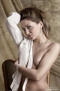 Lilya - Vintage