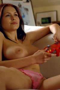 Busty neighbour Iga's sexy game session